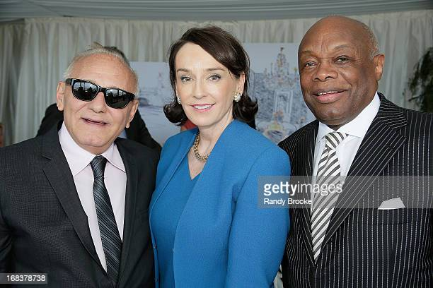 Max Azria Elisa Stephens President of the Academy of Art University and  Willie Brown attend a 612c6720b