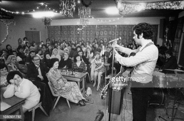 Max Boyce Welsh comedian and folk singer performing for striking miners in the Ystradgynlais Rugby and Cricket Club February 1974