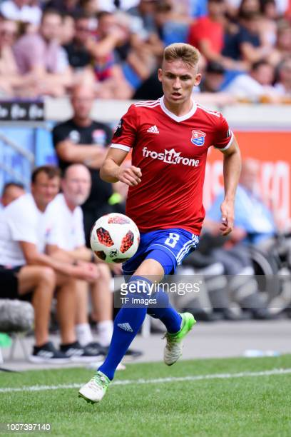 Max Dombrowka of Haching controls the ball during the 3 Liga match between KFC Uerdingen 05 and SpVgg Unterhaching at GrotenburgStadion on July 29...