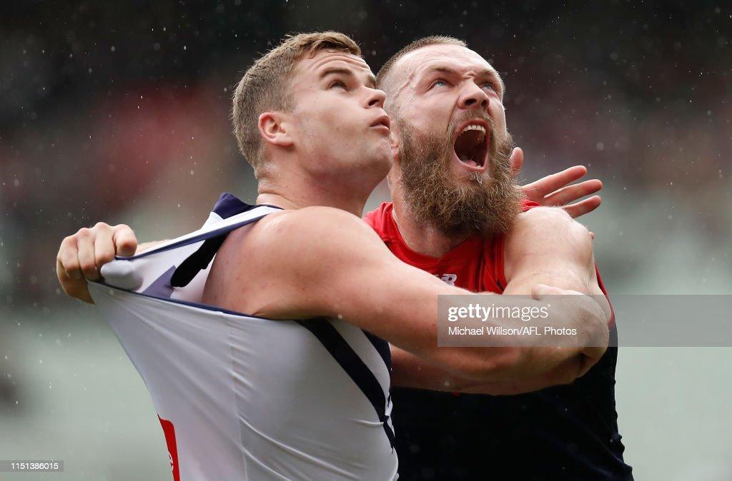 AFL Rd 14 - Melbourne v Fremantle : News Photo