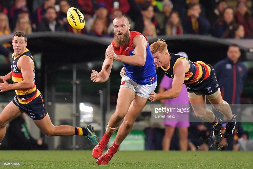 AFL Rd 19 - Adelaide v Melbourne : News Photo
