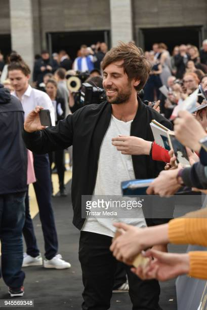 Max Giesinger arrives at the Echo Award 2018 at Messe Berlin on April 12 2018 in Berlin Germany