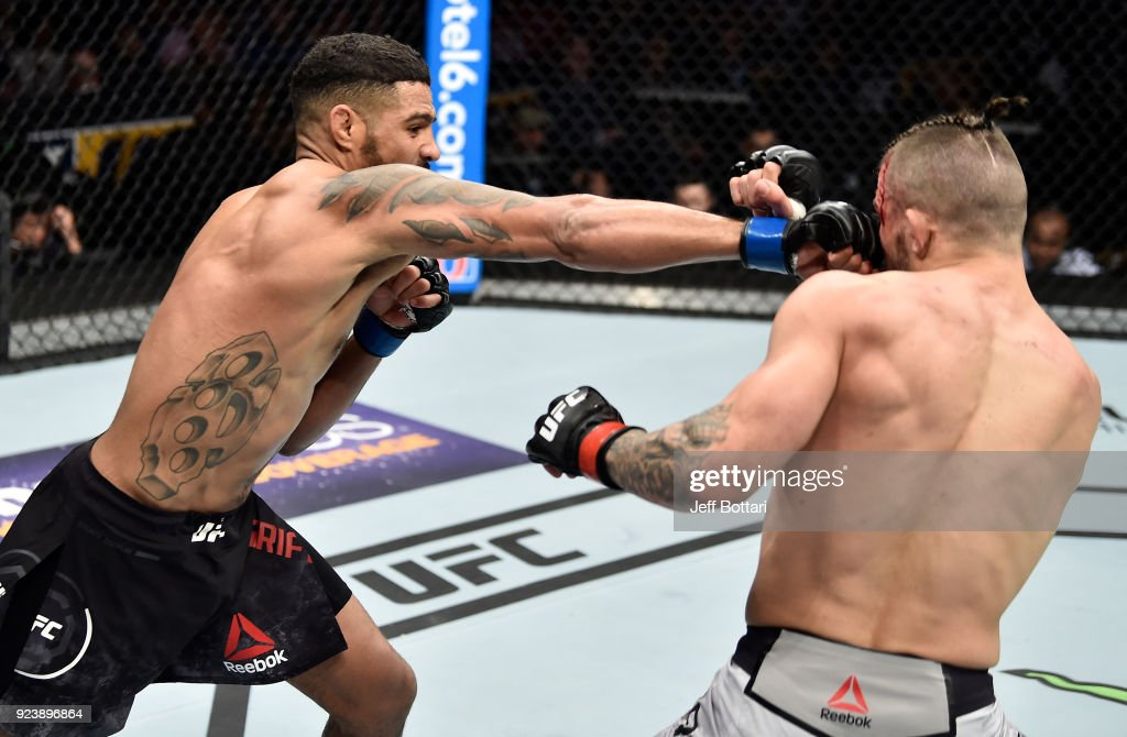 UFC Fight Night: Perry v Griffin : News Photo