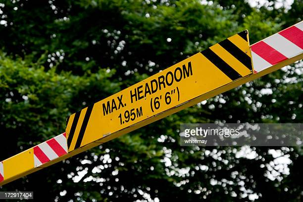 max headroom - sign in a public car park - high up stock pictures, royalty-free photos & images
