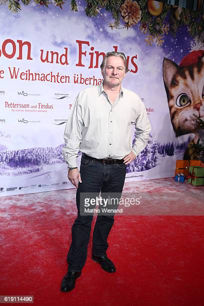 Max Herbrechter attends the 'Pettersson und Findus Das schoenste Weihnachten ueberhaupt' World Premiere on October 29 2016 in Cologne Germany