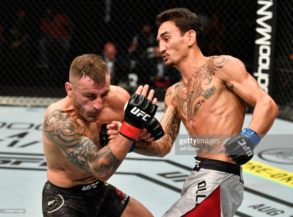 UFC 251: Volkanovski v Holloway : Nieuwsfoto's