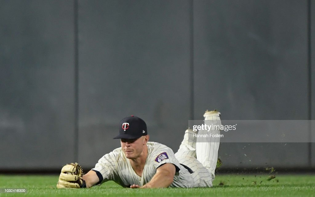Max Kepler #26 of the Minnesota Twins catches the ball hit by Aaron Hicks #31 of the New York Yankees in right field during the ninth inning of the game on September 12, 2018 at Target Field in Minneapolis, Minnesota. The Twins defeated the Yankees 3-1.