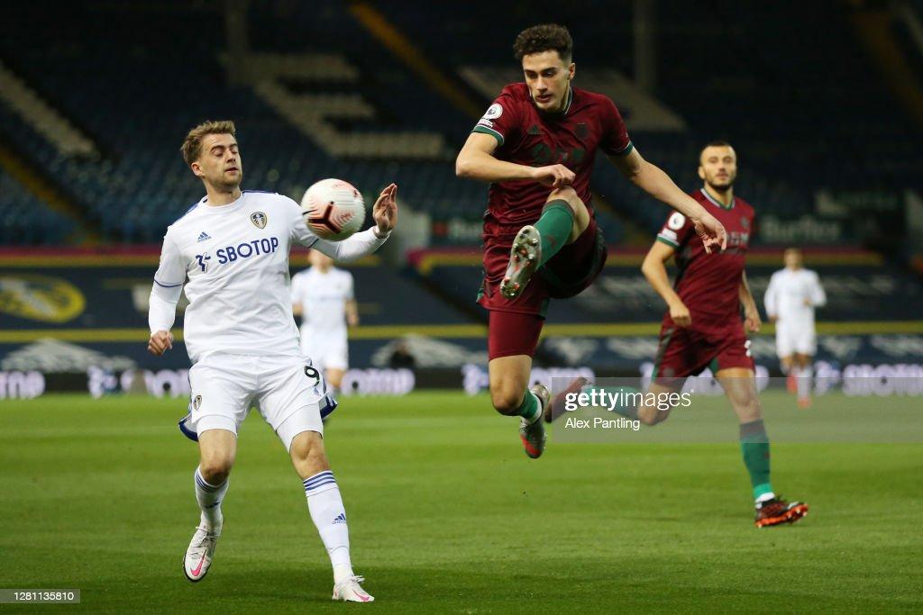 Leeds United v Wolverhampton Wanderers - Premier League : News Photo