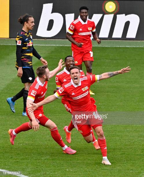Max Kruse of 1. FC Union Berlin celebrates after scoring their side's second goal during the Bundesliga match between 1. FC Union Berlin and RB...