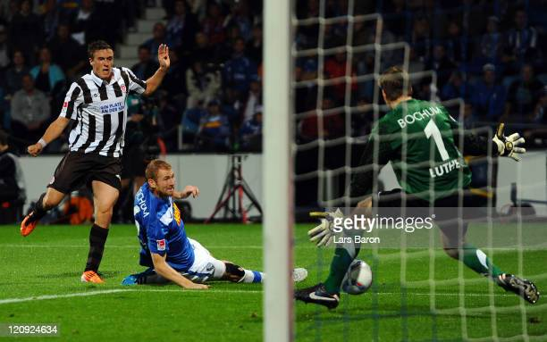 Max Kruse of Pauli scores his teams second goal during the Second Bundesliga match between VfL Bochum and FC St. Pauli at Rewirpower Stadium on...