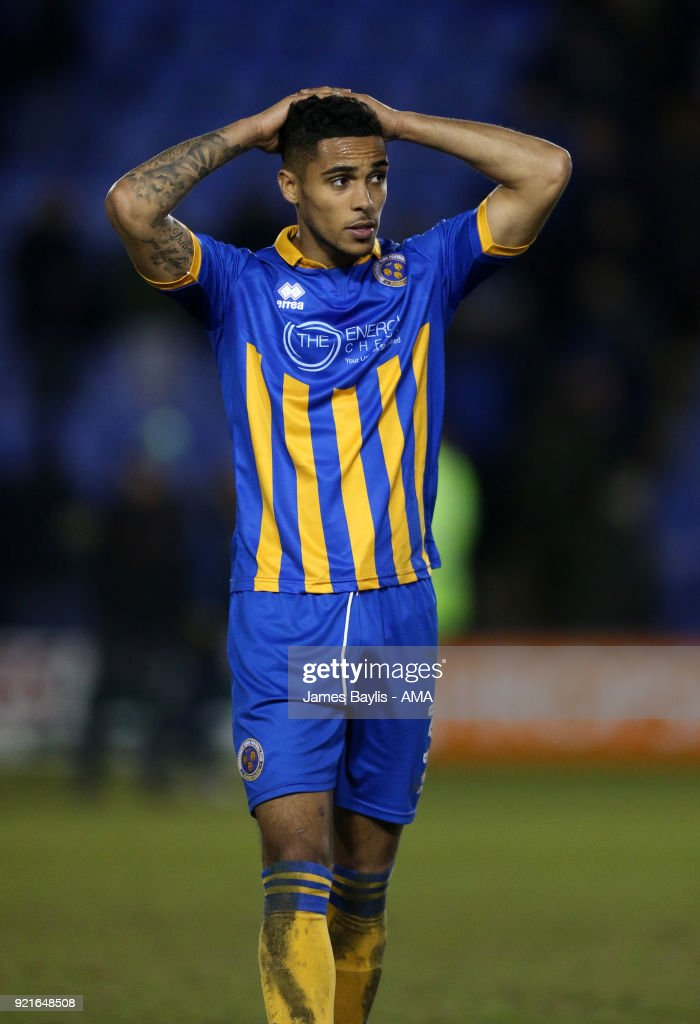 Shrewsbury Town v Gillingham - Sky Bet League One : Foto di attualità