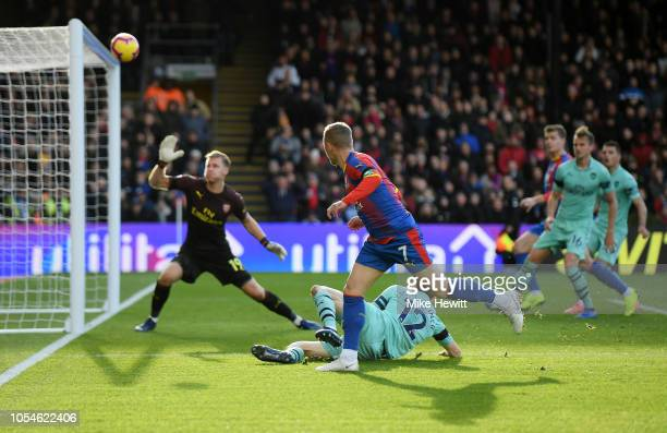 Max Meyer of Crystal Palace hits a shot over the bar during the Premier League match between Crystal Palace and Arsenal FC at Selhurst Park on...