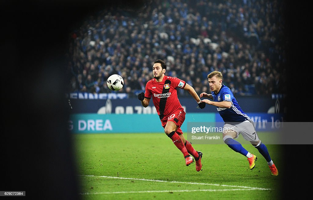 FC Schalke 04 v Bayer 04 Leverkusen - Bundesliga : News Photo