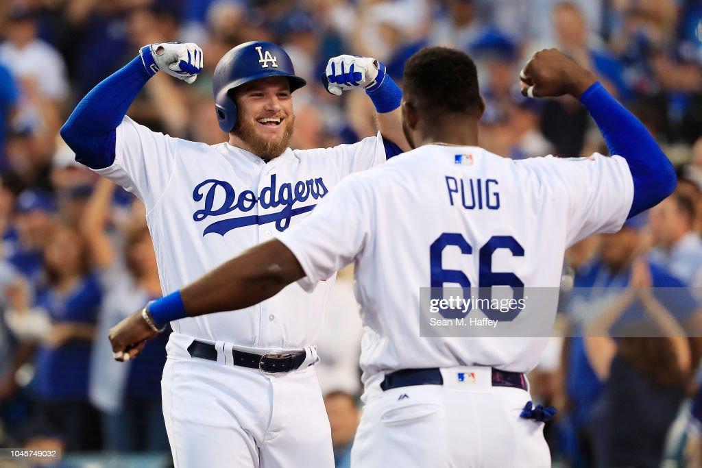 Divisional Round - Atlanta Braves v Los Angeles Dodgers - Game One : News Photo