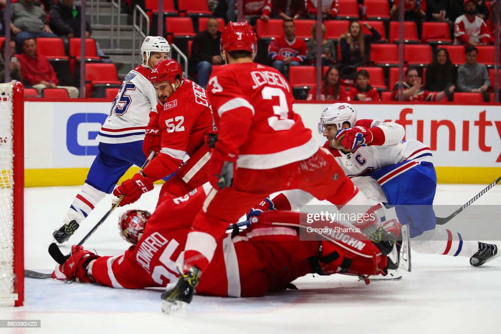 Max Pacioretty #67 of the Montreal Canadiens scores a third period goal past Jimmy Howard #35 of the Detroit Red Wings at Little Caesars Arena on November 30, 2017 in Detroit, Michigan. Montreal won the game 6-3.