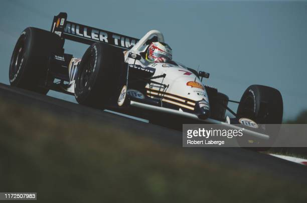 Max Papis of Italy drives the Miller LiteTeam Rahal Lola B1/00 Ford Cosworth during the Championship Auto Racing Teams 2001 FedEx Championship Series...
