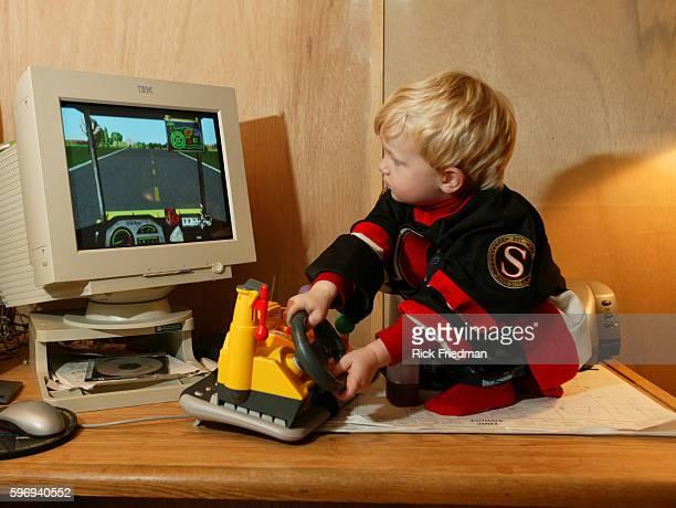 Max plays Tonka Joe on the computer