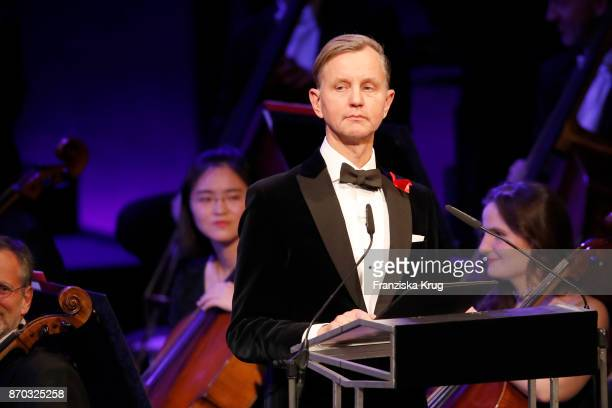Max Raabe during the 24th Opera Gala at Deutsche Oper Berlin on November 4 2017 in Berlin Germany
