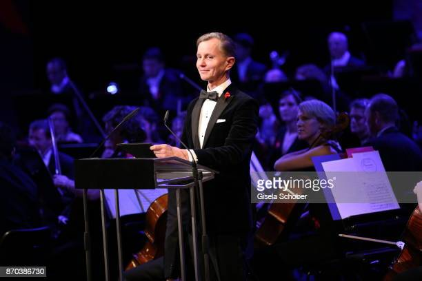 Max Raabe during the 24th Opera Gala benefit to Deutsche AidsStiftung at Deutsche Oper Berlin on November 4 2017 in Berlin Germany