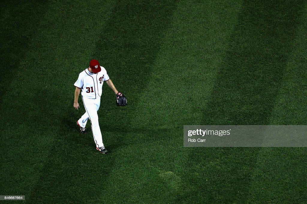 Max Scherzer #31 of the Washington Nationals leaves the game in the seventh inning against the Atlanta Braves at Nationals Park on September 13, 2017 in Washington, DC.