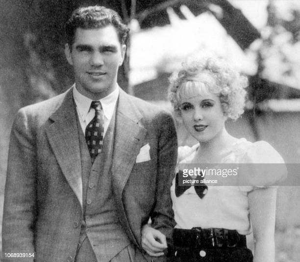 Max Schmeling a German boxer with his Slovakian wife and actress Anny Ondra in 1933 | usage worldwide