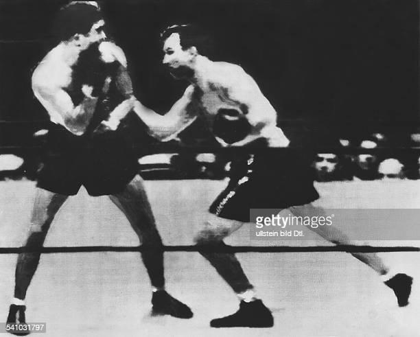 Max SCHMELING*Boxsportler DWM Boxkampf im Schwergewicht in Long Island Bowl Max Schmeling und Jack Sharkey Sharkey siegt umstritten nach 15 Runden in...