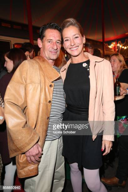 Max Tidof and his partner Lisa Seitz during the premiere of the Circus Roncalli '40 Jahre Reise zum Regenbogen' on October 7 2017 in Munich Germany