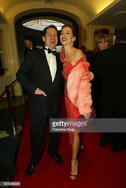Max Tidof Und Ehefrau Lisa Seitz Bei Der Verleihung Des Diva 2004 In München