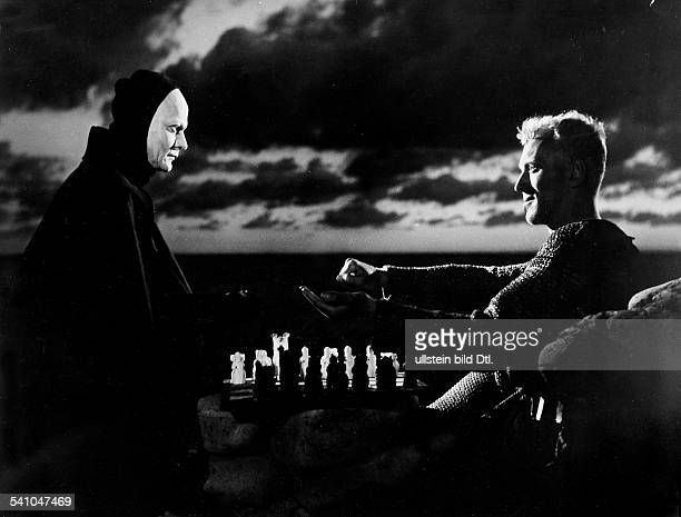 Max v Sydow swedish actor with Bengt Ekerot in 'The seventh seal' 1957