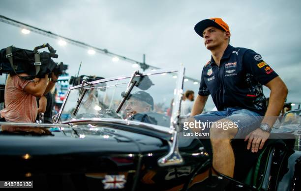 Max Verstappen of Netherlands and Red Bull Racing on the drivers parade before the Formula One Grand Prix of Singapore at Marina Bay Street Circuit...