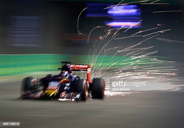 Max Verstappen of Netherlands and Scuderia Toro Rosso drives during qualifying for the Formula One Grand Prix of Singapore at Marina Bay Street...