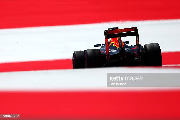 Max Verstappen of the Netherlands drives the 6 Red Bull Racing Red BullTAG Heuer RB12 TAG Heuer during final practice for the Formula One Grand Prix...
