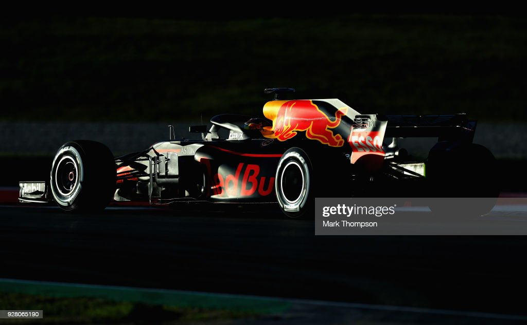 Max Verstappen of the Netherlands driving the (33) Aston Martin Red Bull Racing RB14 TAG Heuer on track during day one of F1 Winter Testing at Circuit de Catalunya on March 6, 2018 in Montmelo, Spain.