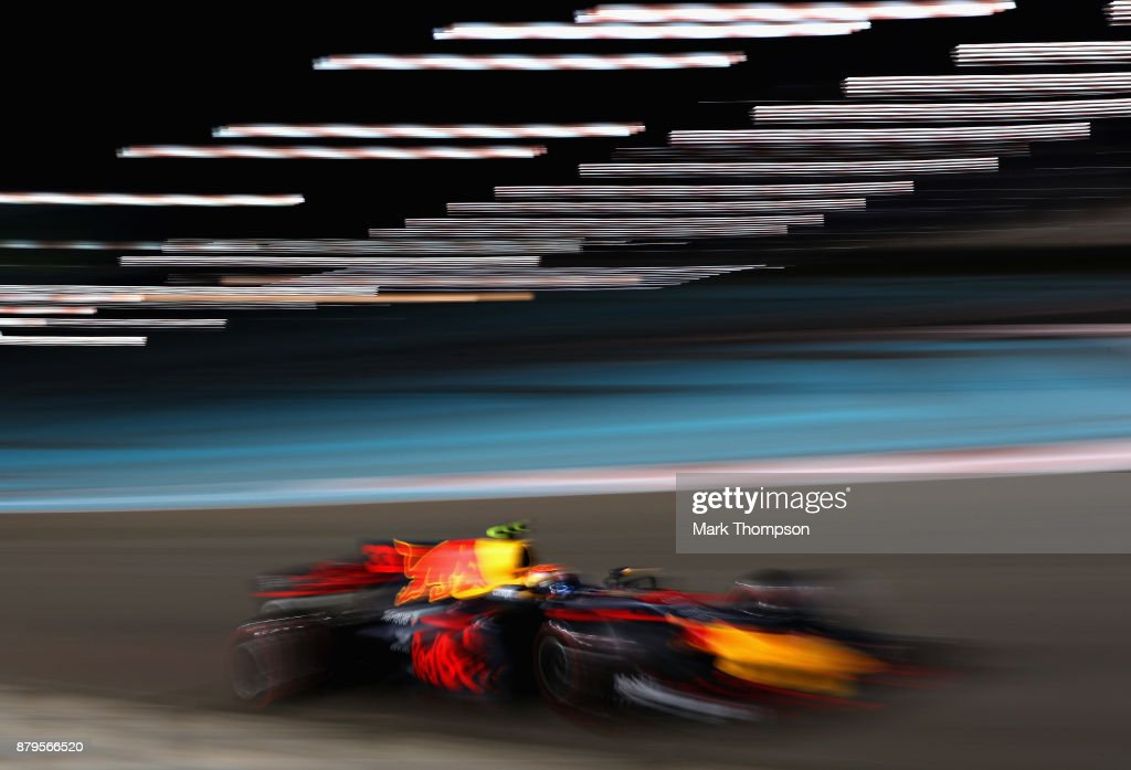 Max Verstappen of the Netherlands driving the (33) Red Bull Racing Red Bull-TAG Heuer RB13 TAG Heuer on track during the Abu Dhabi Formula One Grand Prix at Yas Marina Circuit on November 26, 2017 in Abu Dhabi, United Arab Emirates.