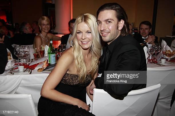 Max Wiedemann Und Freundin Tina Kaiser Beim 39Deutschen Filmball Im Hotel Bayrischer Hof In München