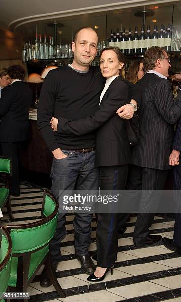 LONDON FEBRUARY 06 Max Wigram and Phoebe Philo attend Vogue's dinner hosted by Alexandra Shulman and Nick Jones at Cecconi's on February 6 2009 in...