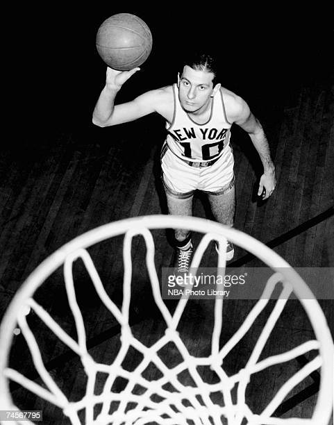 Max Zaslofsky of the New York Knicks poses for a photo circa 19501953 NOTE TO USER User expressly acknowledges that by downloading and or using this...