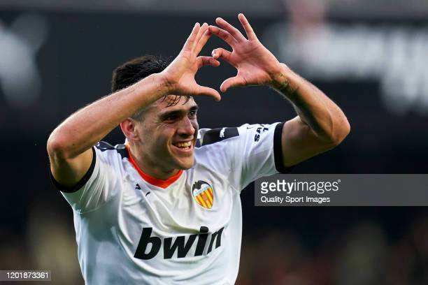 Maxi Gomez of Valencia CF celebrates after scoring his team's second goal during the La Liga match between Valencia CF and FC Barcelona at Estadio...