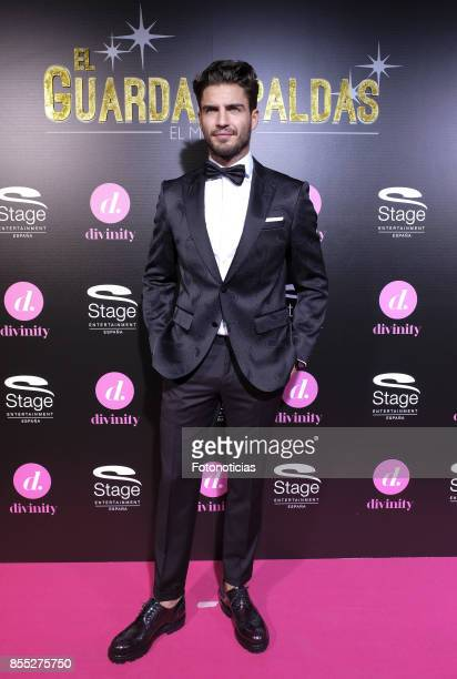 Maxi Iglesias attends the 'El Guardaespaldas' musical premiere at the Coliseum Theater on September 28 2017 in Madrid Spain