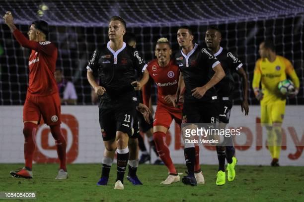 Maxi Lopez of Vasco da Gama celebrates after scoring the tying goal during a match between Vasco da Gama and Internacional as part of Brasileirao...