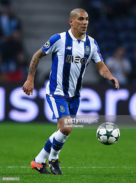 Maxi Pereira of FC Porto runs with the ball during the UEFA Champions League match between FC Porto and Leicester City FC at Estadio do Dragao on...