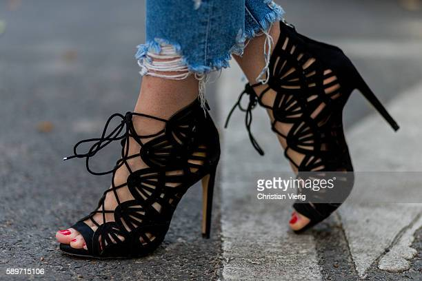 Maxilie Mlinarskij wearing black heels from Zara and red nail polish on August 15 2016 in Berlin Germany