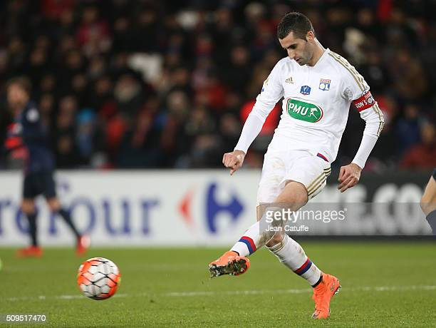 Maxime Gonalons of Lyon in action during the French Cup match between Paris SaintGermain and Olympique Lyonnais at Parc des Princes stadium on...