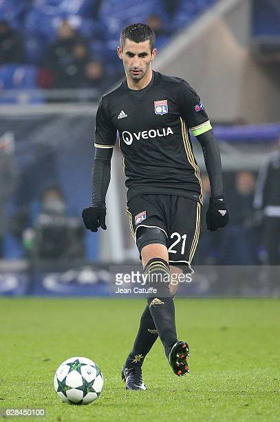 Maxime Gonalons of Lyon in action during the UEFA Champions League match between Olympique Lyonnais and Sevilla FC at Parc OL on December 7 2016 in...