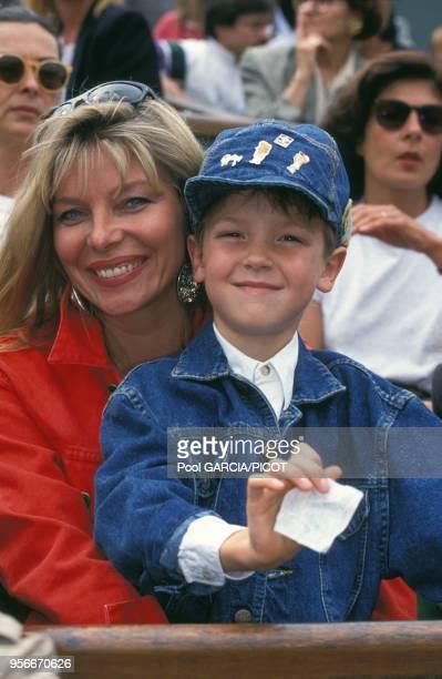 Maxime Leconte et sa mère à Roland Garros en juin 1992 à Paris, France.