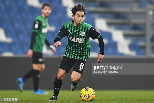 Maxime Lopez of Sassuolo in action during the Serie A match between US Sassuolo and Bologna FC at Mapei Stadium - Città del Tricolore on February 20,...