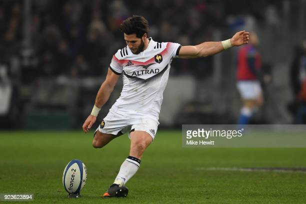 Maxime Machenaud of France kicks a penalty during the NatWest Six Nations match between France and Italy at Stade Velodrome on February 23 2018 in...