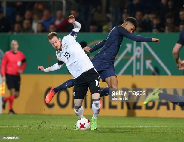 Fussball U21 Laenderspiel 2017 Maximilian Arnold li gegen Mason Holgate