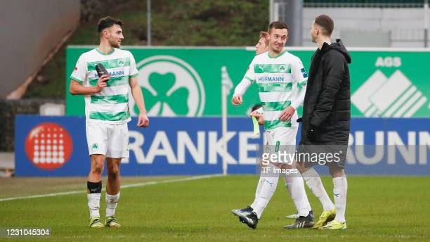 Maximilian Bauer of SpVgg Greuther Fuerth, Sebastian Ernst of SpVgg Greuther Fuerth Marijan Cavar of SpVgg Greuther Fuerth and Freude bei Maximilian...