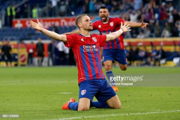 Maximilian Beister of Uerdingen celebrates the first goal during the Third League Playoff first leg match between KFC Uerdingen and Waldhof Mannheim...